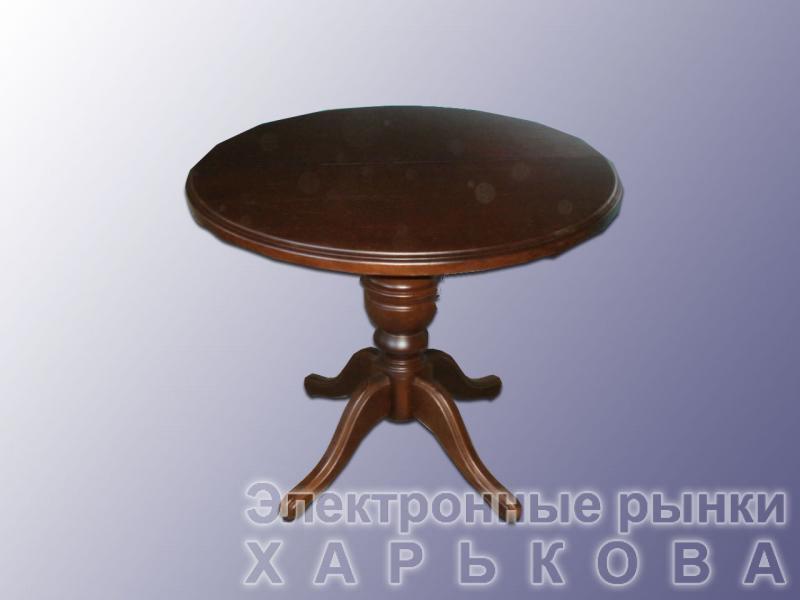 Круглый стол из массива