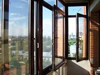 Фото  Мойка окон, витрин и фасадов зданий и цехов