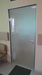 Фото Изделия из Алюминия и Стекла: Остекление фасадов, Входные группы, Двери, Перегородки, Окна