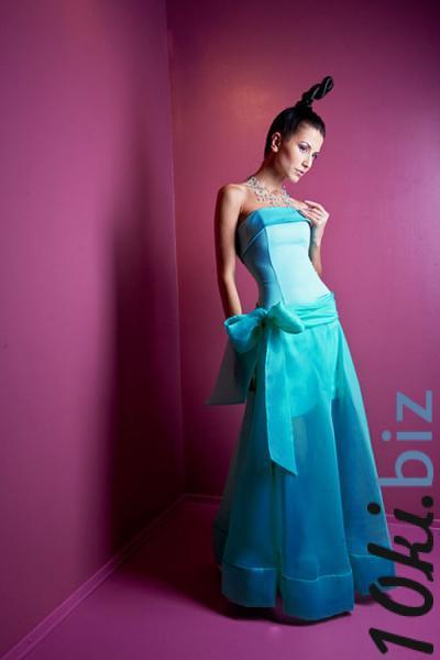 Длинное классическое платье Ноэво
