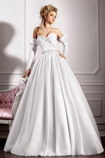свадебные платья с боковым разрезом