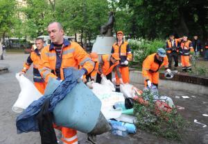 Фото  Уборка территорий и вывоз мусора
