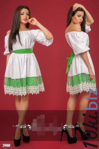 Бело-зеленое платье