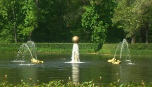 Фото  Шары для фонтанов и бассейнов