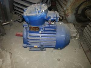 Фото  Электродвигатели взрывозащищенные электродвигатель АИММ 90L2   3 кВт. 3000 об/мин.