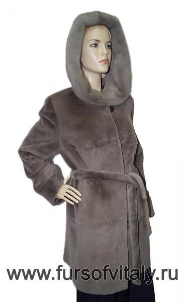 Фото Шубы, Шубы из нутрии Пальто из нутрии, модель
