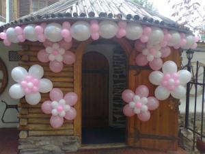 Фото Арки из шаров арка с цветами
