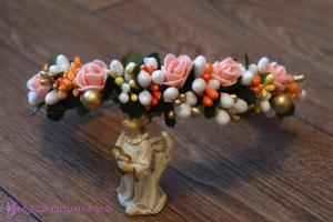 Фото Ободки с цветами Ободок в оранжевом цвете с персиковыми розочками