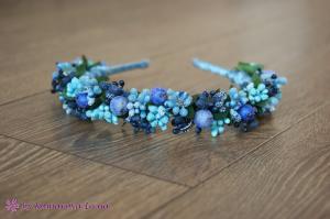 Фото Ободки с цветами Синий ободок с ягодами и тычинками