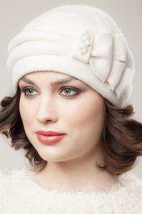 Фото женская шапка, Classic Шапка Ленора