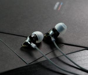 Фото Наушники Гарнитуры Наушники Rock Zircon Stereo рок циркон стерео гарнитура 3.5 мм с микрофоном Hi-Fi глубокий бас