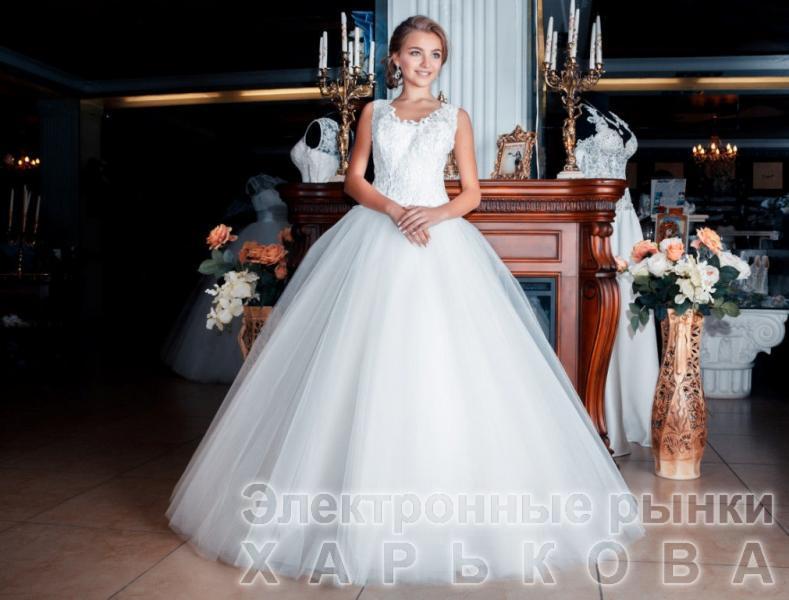 Свадебное платье Персиния