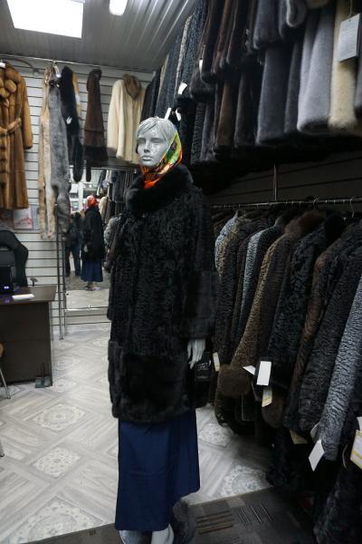 Фото Норковые шубы / Новогодние скидки 10 - 50%, Пальто из норки Полупальто из каракуля с норкой, модель