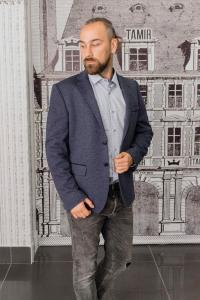 Фото Пиджаки Пиджак мужской серый с заплатками