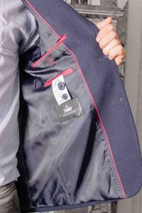 Фото Пиджаки Мужской пиджак темно-синего цвета с заплатками