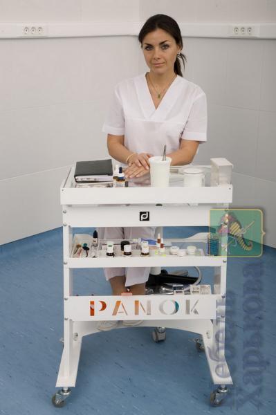 Панок-1 прямоугольный (столик врача)