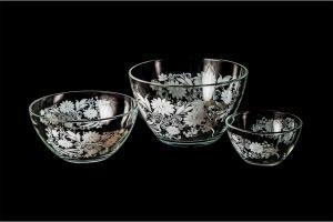 Фото Салатники Набор салатников: большой, средний и малый . Белые цветы