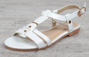 Фото  Босоножки женские белые Rivets плоский ход на ремешке