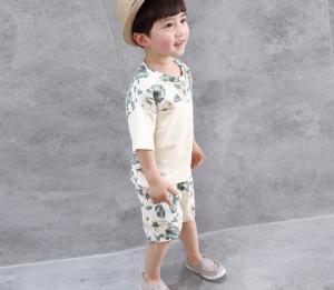 Фото Одежда для мальчиков. Летний костюм для мальчиков.