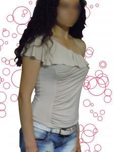 Фото Женская одежда Топ с воланом