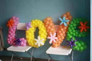 Фото Композиции из шаров , цифры и буквы буква