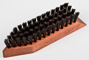 Щётка деревянная для обуви ТВИСТ (искусственный ворс, 16 см)