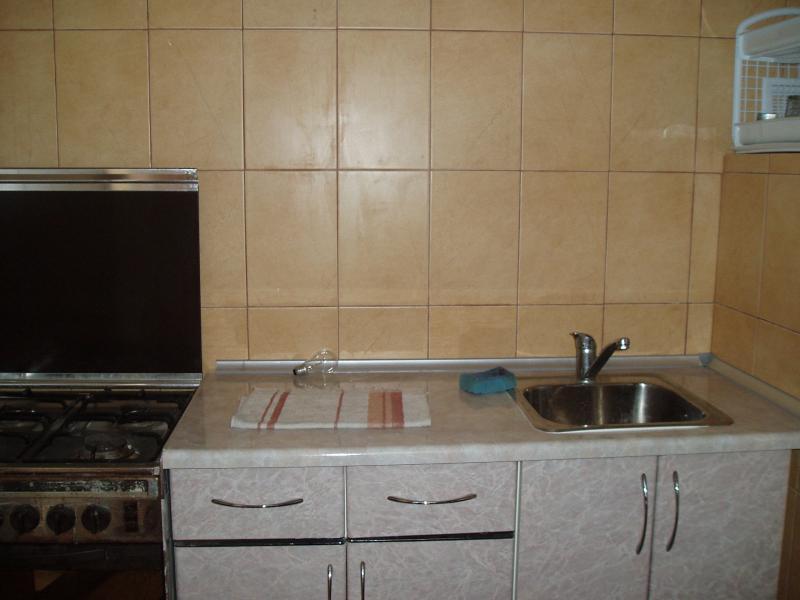 Фото  04 КОКОС Номер в двухэтажном гостевом доме №2 отдых в Ялте ( три +1)
