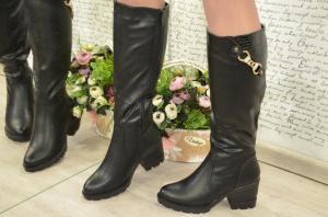 Фото Зимняя обувь Зимние высокие чёрные сапоги на тракторной подошве 2 модели