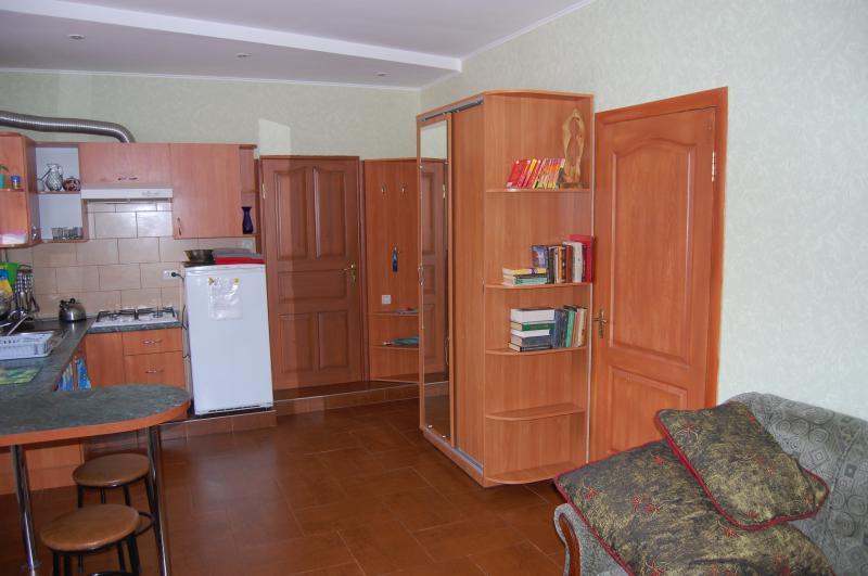 Фото  30  Аренда Ялта: 2-х комнатные  апартаменты ( Лена ) ул Садовая   рядом с Набережной
