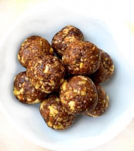 Фото Сыроедческие конфеты Набор сыроедческих конфет