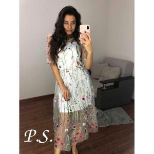 Фото ПЛАТЬЯ Фатиновое платье с вышивкой