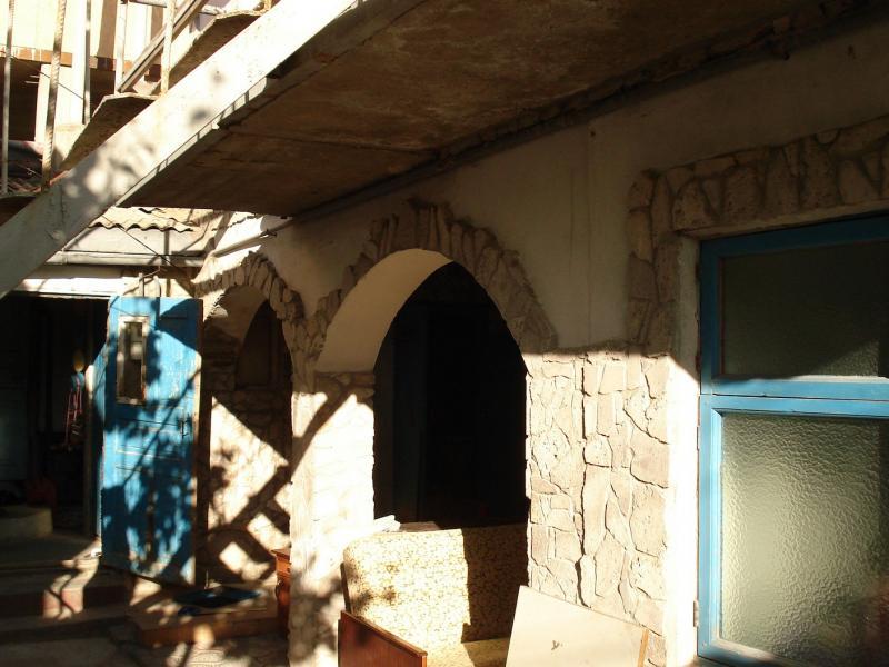 Феодосия, центр 2-3 мин до моря