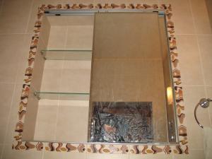 Фото Мебель для ванной Встроенные полки купе зеркало
