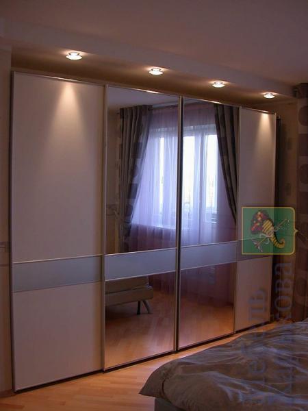 Шкаф купе в нише с подсветкой - Шкафы купе в Харькове