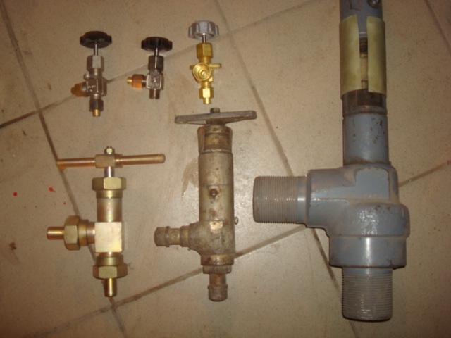 Вентиля  и  клапаны  запорные, дросельные  и  запорно-регулирующие УФ23032, КК7218 000.  СБ5125 000.  КС7141. КК7643 000.