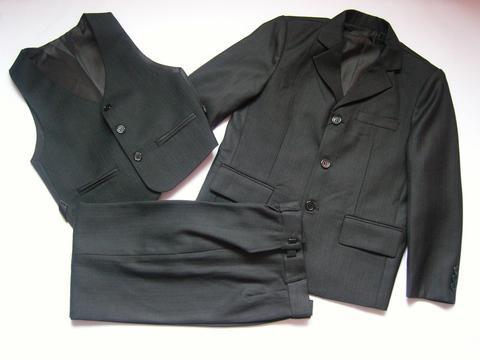 Классический костюм-тройка черный