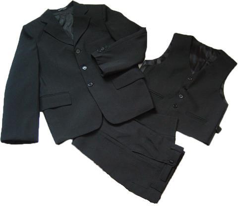 Костюм-тройка для мальчиков черного цвета