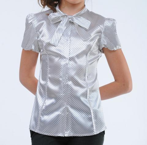 Блуза белого цвета в мелкий горох с коротким рукавом