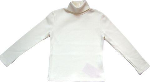 Детская водолазка молочного цвета