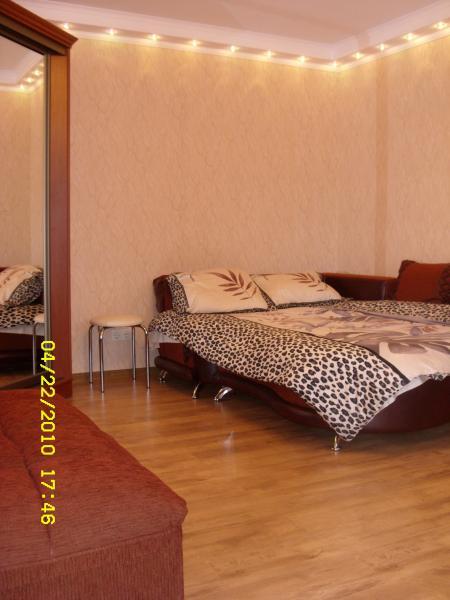 2х комнатная квартира в Ливадии с двором. №4