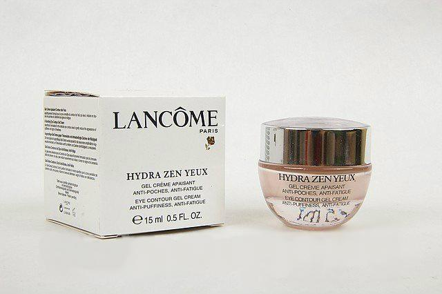 Успокаивающий крем-гель для кожи вокруг глаз Lancome Hydra Zen Yeux, 15ml.