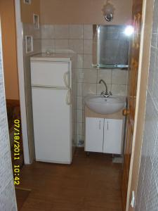 Фото Квартиры, Двухкомнатные квартиры Двухкомнатная квартира в центре на ул. Морской.  №25