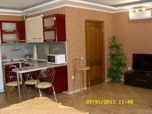 Фото Квартиры, Однокомнатные квартиры Однокомнатная квартира  Люкс в центре с террасой. №44