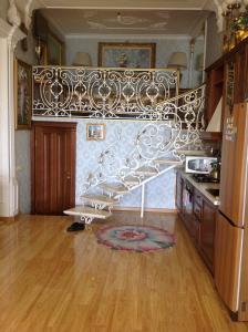 Фото Квартиры, Однокомнатные квартиры Однокомнатный Люкс на набережной. №75