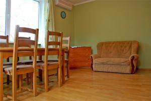 Фото Квартиры, Двухкомнатные квартиры Двухкомнатная квартира в центре на Архивной. №83