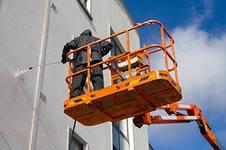 Фото  Техобслуживание фасадов и оконных проёмов зданий