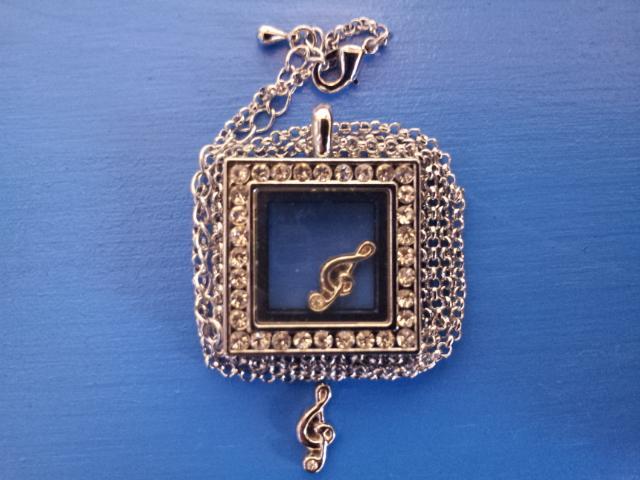Чарма для медальона Скрипичный ключ