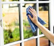 Мойка окон, витрин, фасадов зданий. Обслуживание и уборка зданий и территорий.