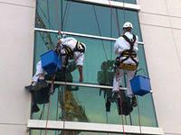 Фото  Техобслуживание и ремонт фасадов и окон зданий.