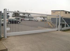 Фото  Ворота всех типов, двери, рольставни. Перегрузочное оборудование.